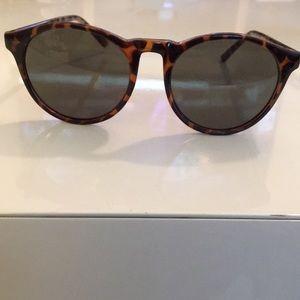 GAP sunglasses